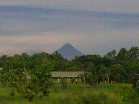 volcan-mayon.jpg